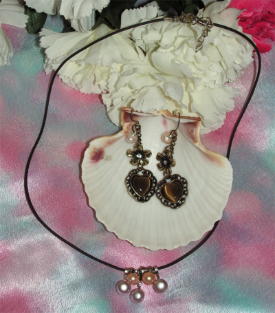 Set of Genuine Fresh Water Pearl Pendant Necklace with a Pair of Bronze Heart Ea