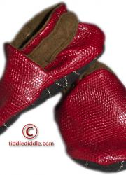 Red Handmade Leatherette Baby Shoes (6-12 months old)
