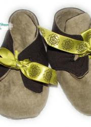 Handmade Infant Booties (6-12 months), green shades